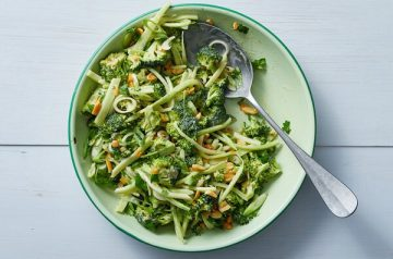 lh-broccoli-slaw-articleLarge